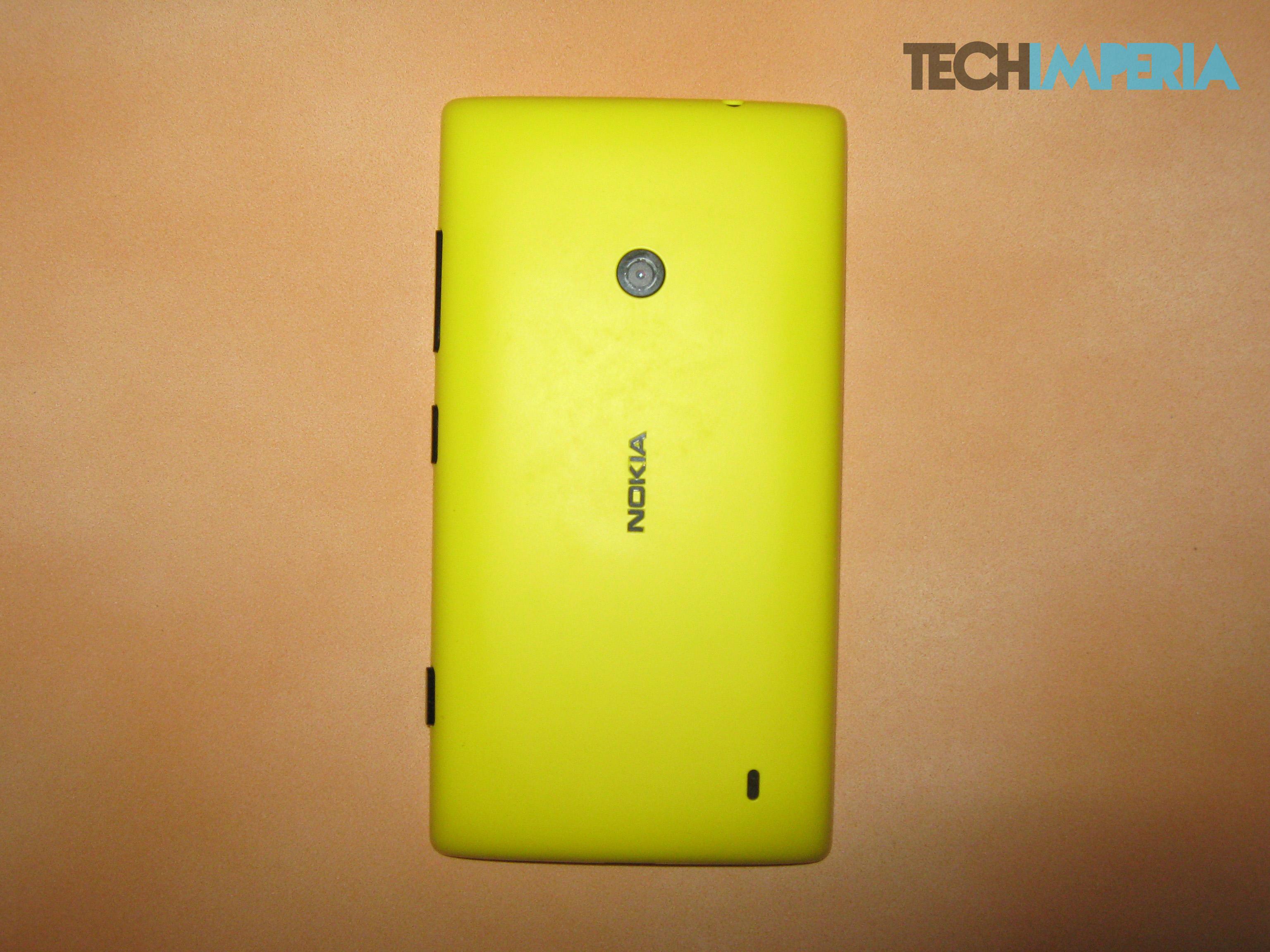 Lumia520Back