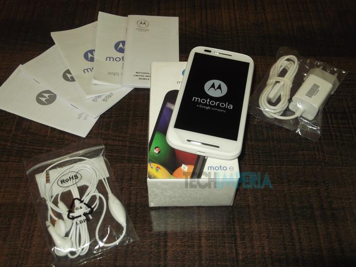Moto E Box Contents